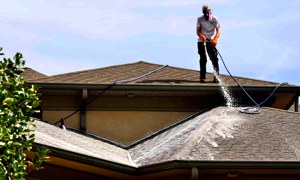 award winning roof cleaning